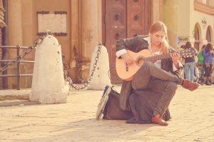 Gitaar spelen? 10 handige tips om een ster in gitaar spelen te worden!