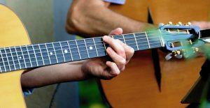 snel gitaar leren spelen