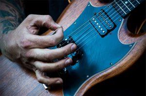 gitaar onderhoud